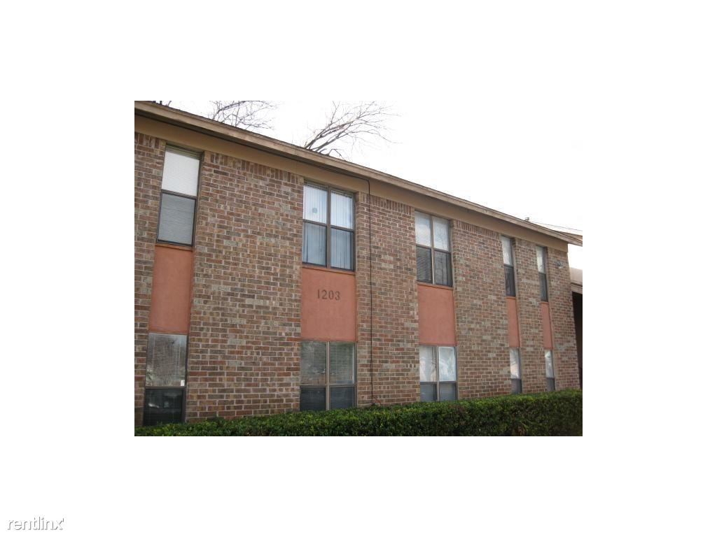 1203 W 49th St Apt J
